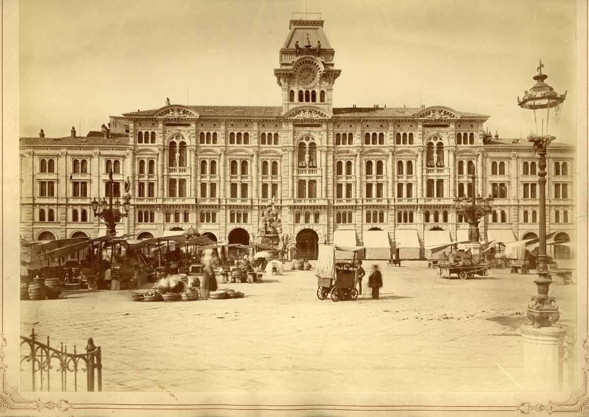 Giuseppe Wulz , Palazzo municipale, [1880] F52