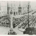 24e. Caffè nazionale in Piazza Grande, [1900-1905] F48185-48187