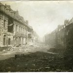 Avanzata inglese: panorama di Serre. Case distrutte