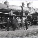 Soldati austriaci a Nabresina davanti a un convoglio ferroviario