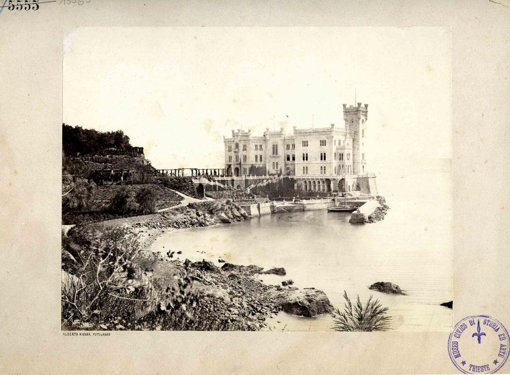 Castello di Miramare da Grignano
